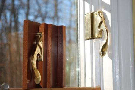 Casement Window locks, Mortised or interrupted stop
